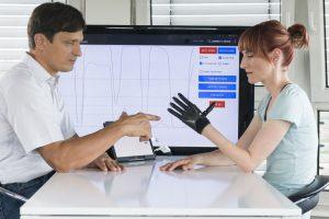 Handprothesen mit Tastsinn