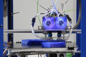 3D-Drucker_am_IPH_-_Institut_für_Integrierte_Produktion_Hannover.