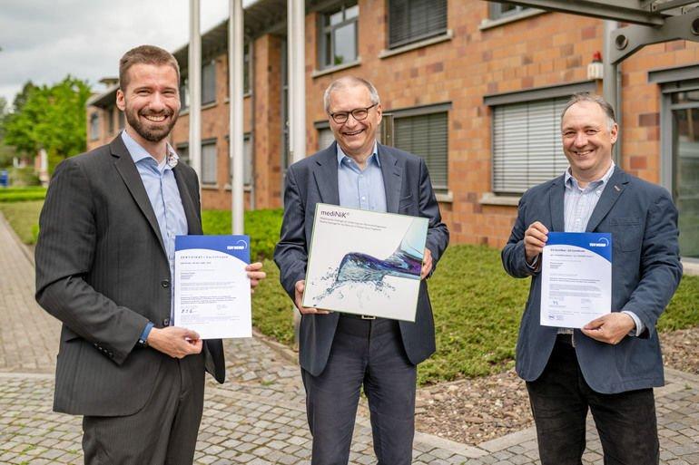 Das_Kernteam_der_Purenum_GmbH:_Dr._Sebastian_Stößlein,_Manfred_Peschka,_Prof._Dr._Ingo_Grunwald_(v._l._n._r.)