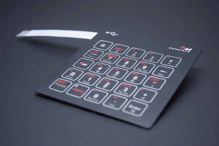 Kundisch USB-anschluss Folientastatur.jpg