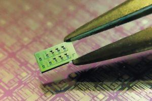 Minidetektor_Siliziumchip_Helmholtz.jpg